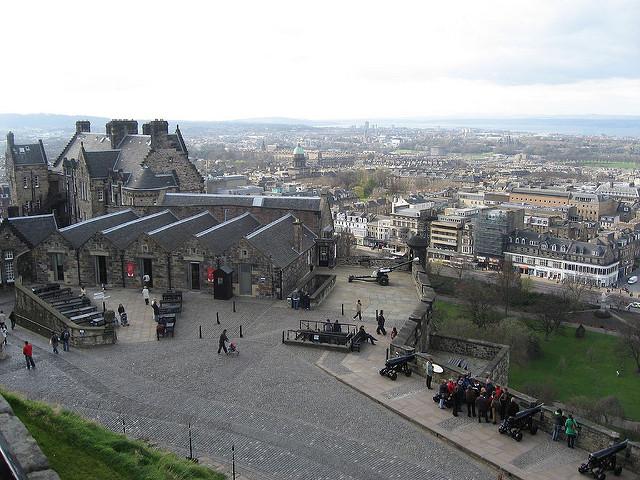 Edinburgh Castle day trips
